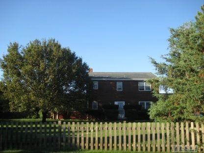5 Bayberry Lane, Remsenburg, NY  Southampton, NY 11960