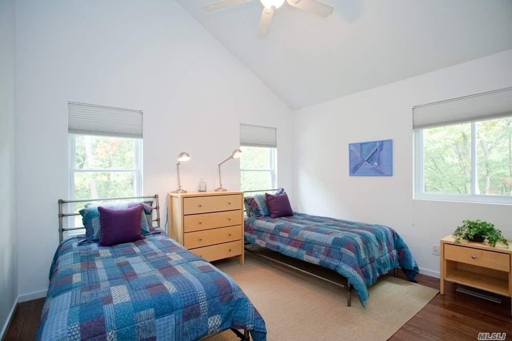 1 Blue Jay Way Quogue, NY 11959