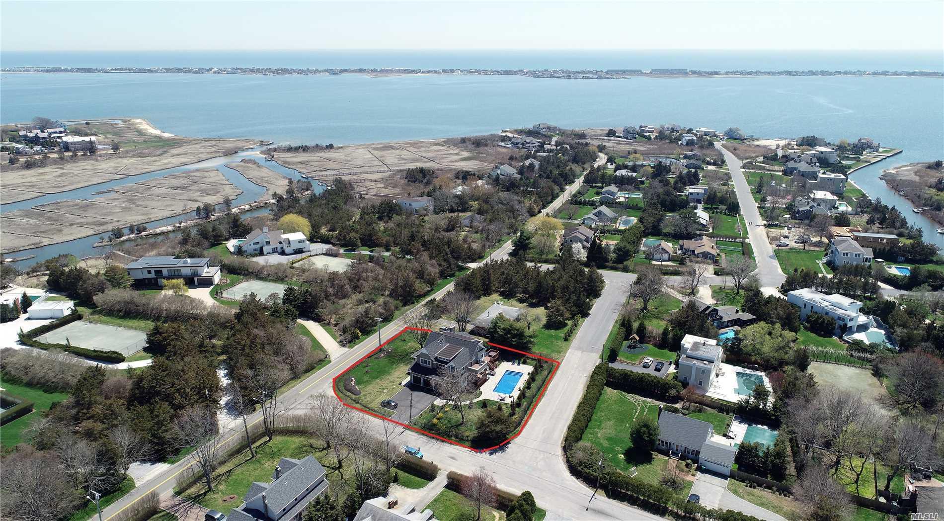 1 Bayview Dr Westhampton, NY 11977