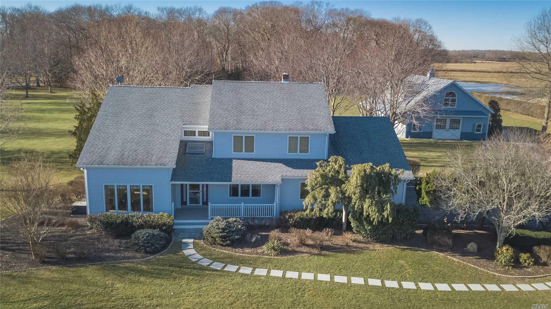 665 Manor Ln Jamesport, NY 11947