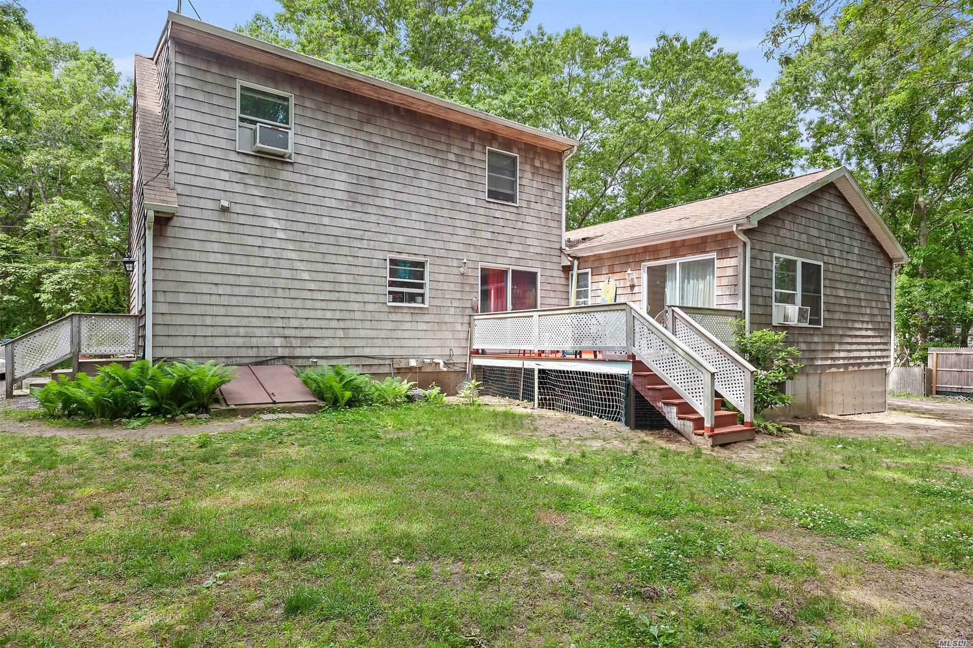 11 Gardiners Ln East Hampton, NY 11937