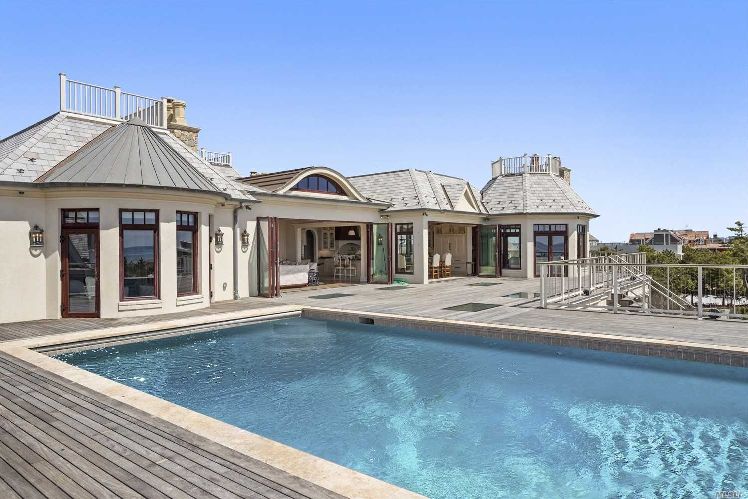 216 Dune Rd Quogue, NY 11959