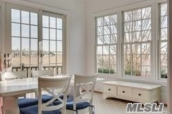 24 Meadow Ln Quogue, NY 11959