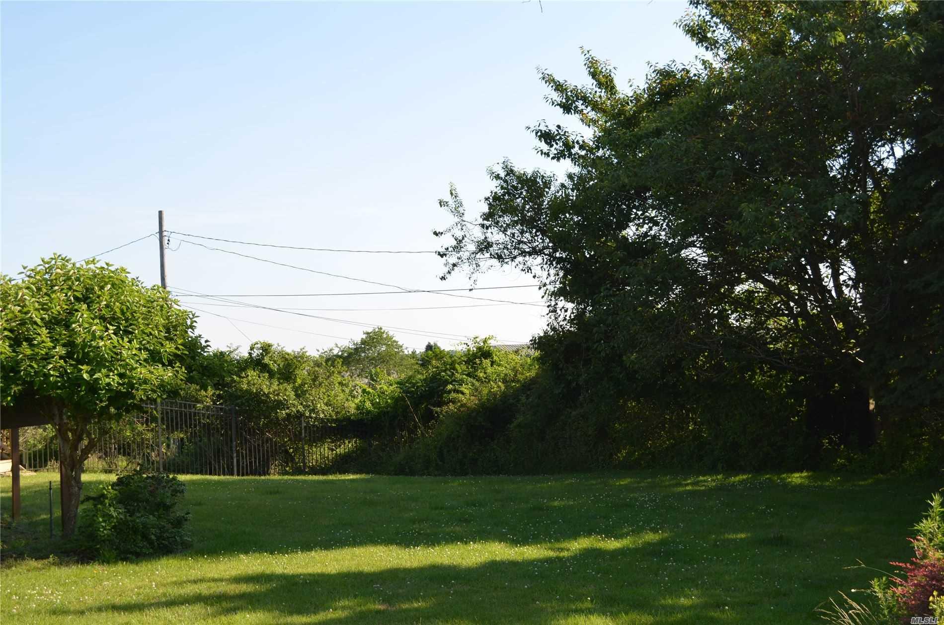 34 Talkhouse Ln Montauk, NY 11954
