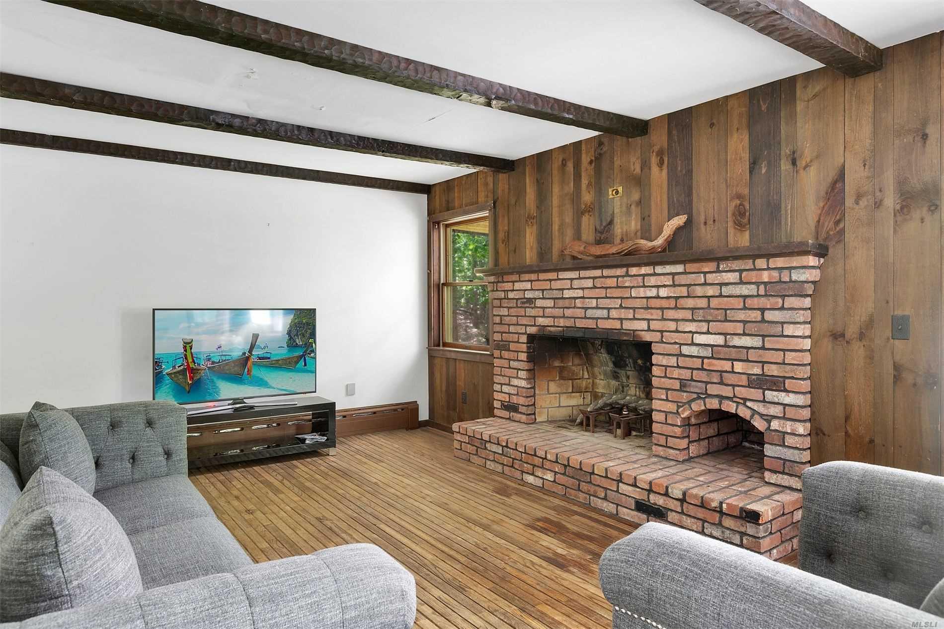765 Brick Kiln Rd Sag Harbor, NY 11963