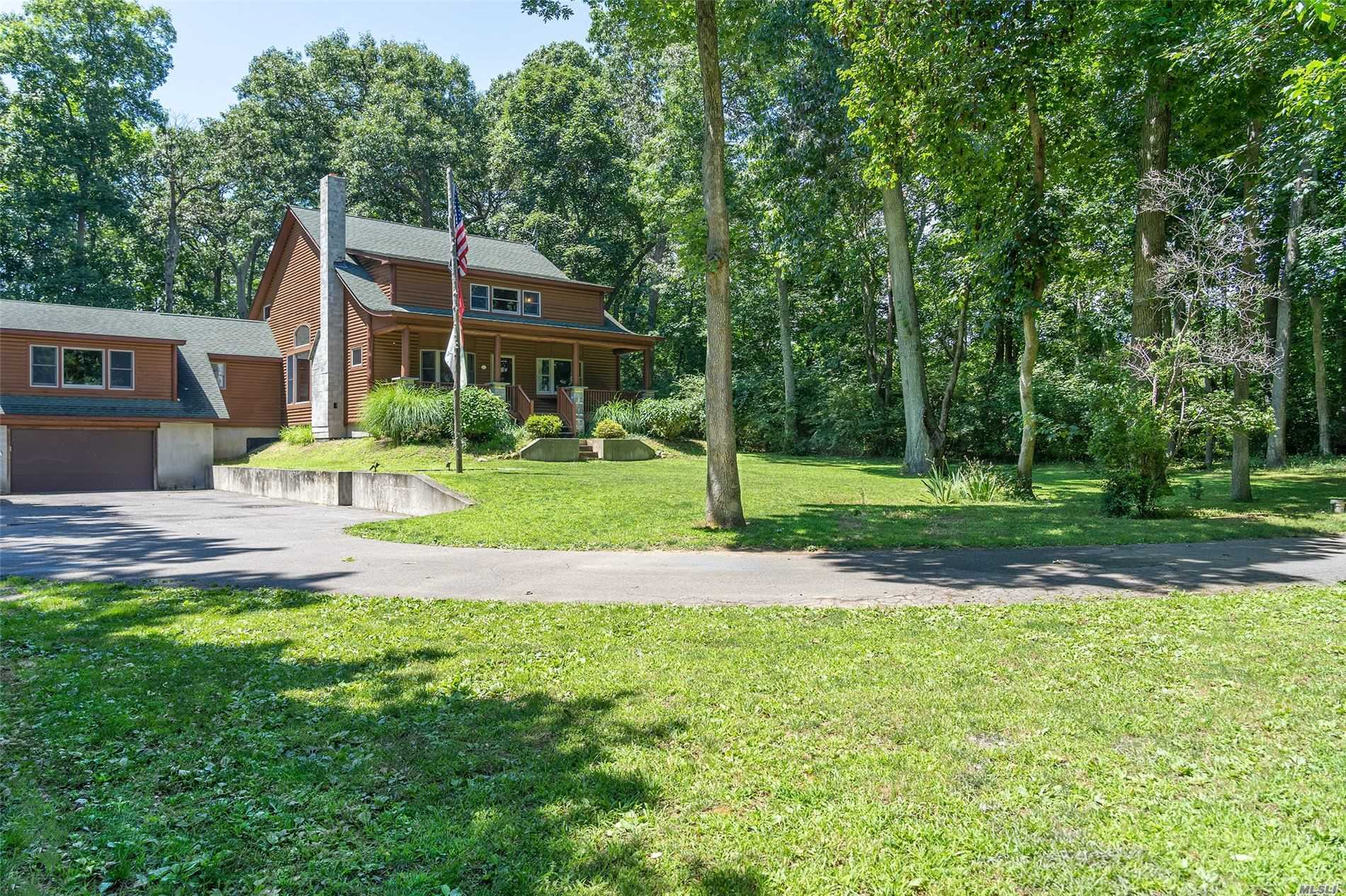 4004 Old North Rd Southold, NY 11971