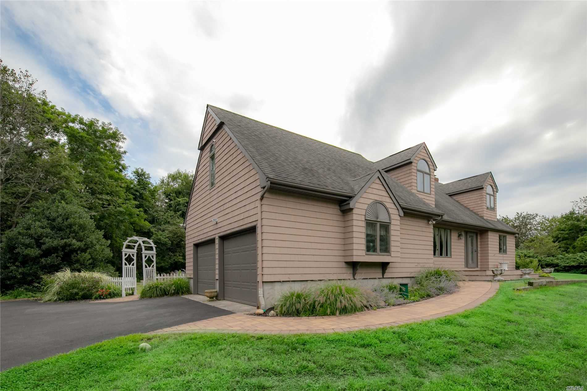 3520 Old North Rd Southold, NY 11971