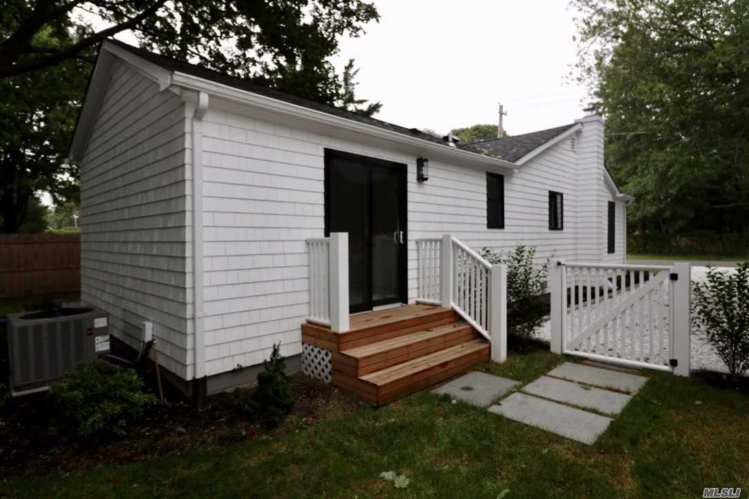 16 Miller Ln East Hampton, NY 11937