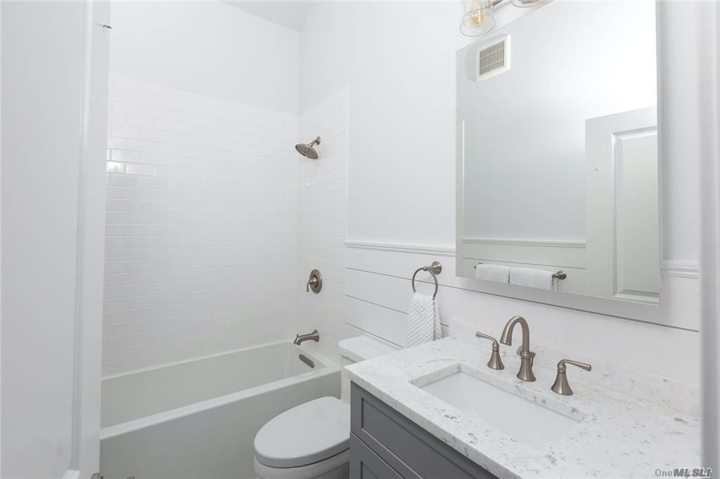 725 Terry Lane, Southold, NY 119 Southold, NY 11971