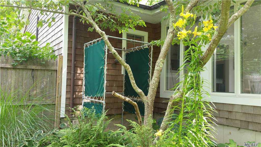 1 Sylvan Road, Shelter Island, N Shelter Island, NY 11964