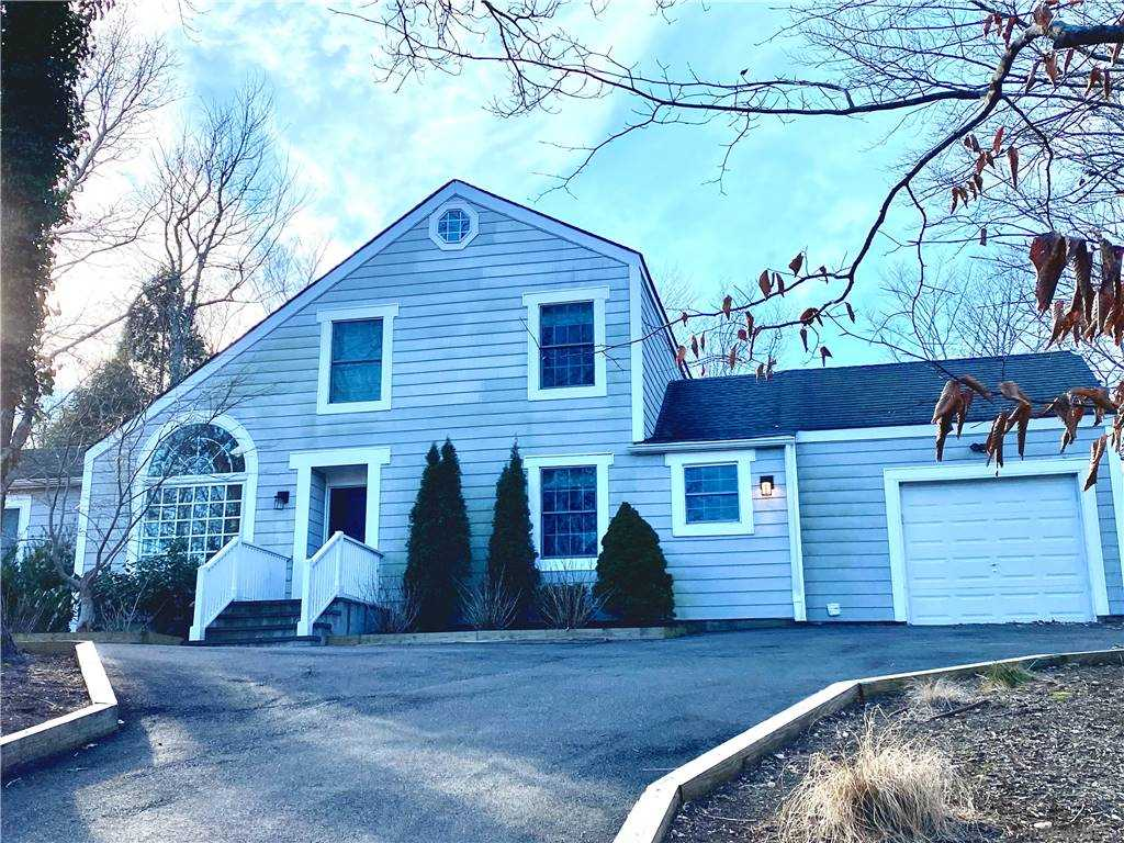 525 Seven Ponds Towd Road, Water Water Mill, NY 11976