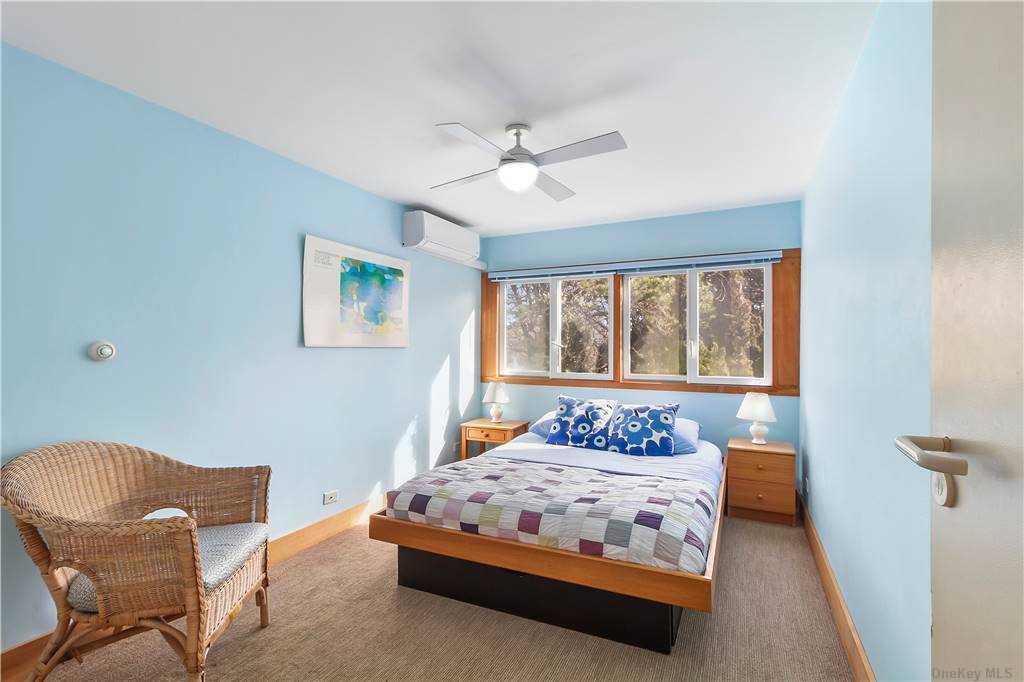 4 Seabreeze Lane, Amagansett, NY Amagansett, NY 11930