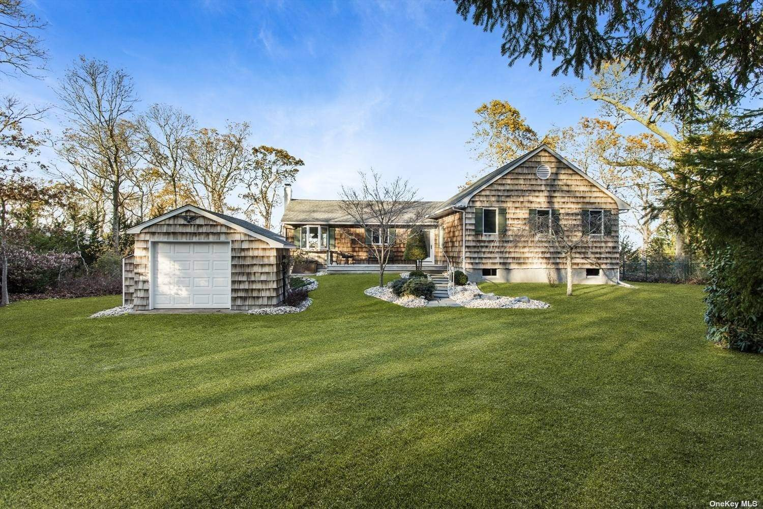 580 Broadwaters Road, Cutchogue, Southold, NY 11935