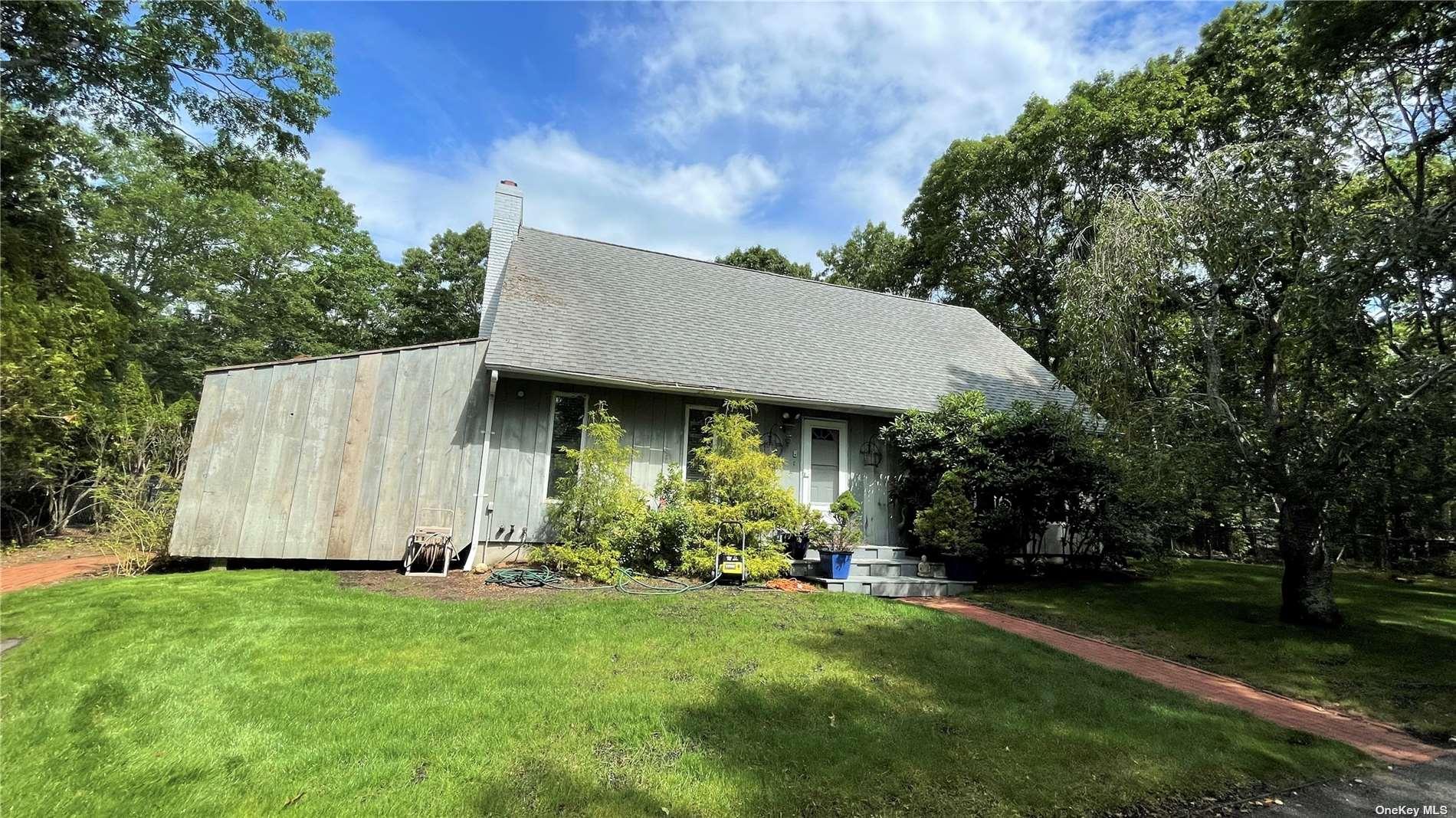 30 Bucks Path, East Hampton, NY  East Hampton, NY 11937