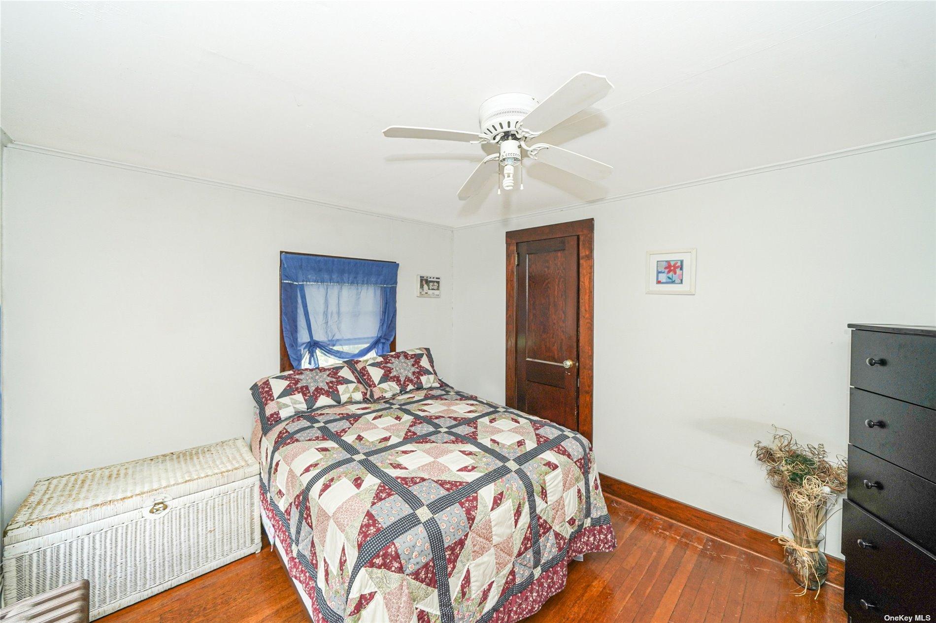 48720 Main Road, Southold, NY 11 Southold, NY 11971
